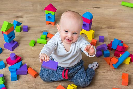 DIY Toys for Baby: How to Make a Container Full of Playing & Learning!