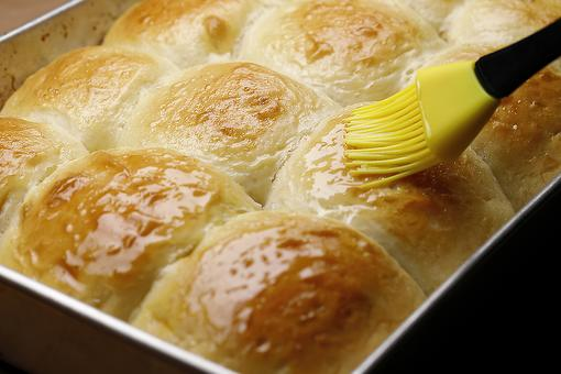 Quick Dinner Rolls Recipe: Fresh Homemade Yeast Rolls Recipe That's on the Table in About 40 Minutes