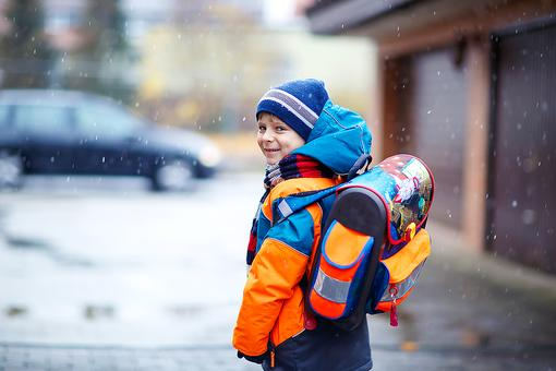 Do Your Kids Walk to School? 5 Tips to Help Keep Them Safe!