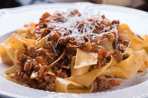 Ragù Alla Bolognese Recipe: This Easy Bolognese Sauce Recipe Is Italian Comfort Food at Its Finest