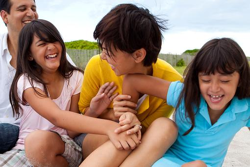 Parenting Methods: Why Parents Should Add Active Play to Their Parenting Toolkit!