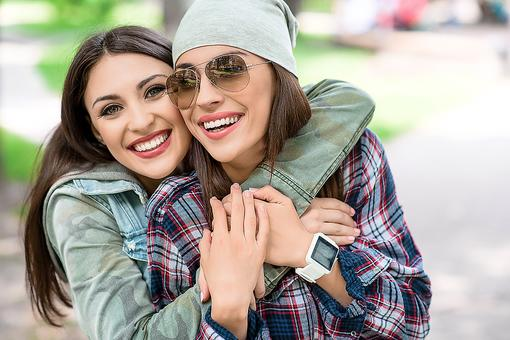 Random Acts of Mom Kindness: 5 Ways to Lift Up a Fellow Mama Friend!