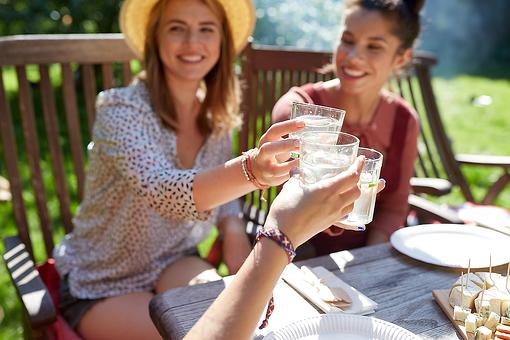 Resolution of Sobriety: 4 Tips to Help Meet Your Goal to Not Drink Alcohol in Dry January – and Beyond