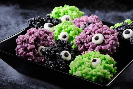 These Halloween Goblins Rice Krispies Treats Have Their Eye on You