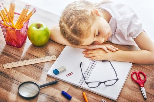 Rise & Shine: How to Get Kids on a Back-to-School Sleep Schedule