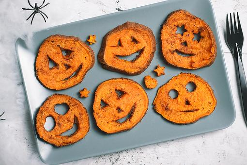 "Halloween Side Dishes: How to Make Roasted Cinnamon Sweet Potato ""Jack 'o Lanterns!"""