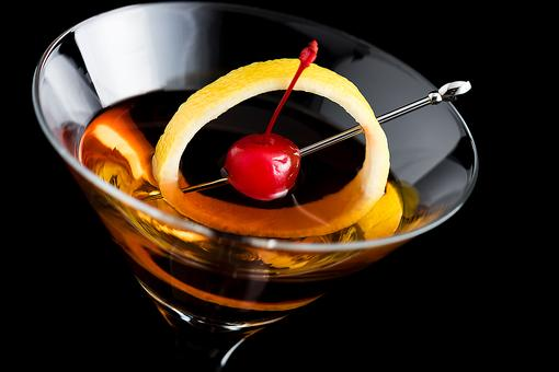 This Rob Roy Cocktail Recipe Has Been Around Since 1894 (So Why Haven't You Tried One?)