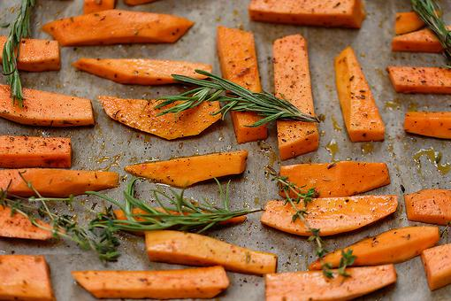 Rosemary Sweet Potatoes Recipe: Oven-baked Rosemary Sweet Potato Wedges Are Pure Gold