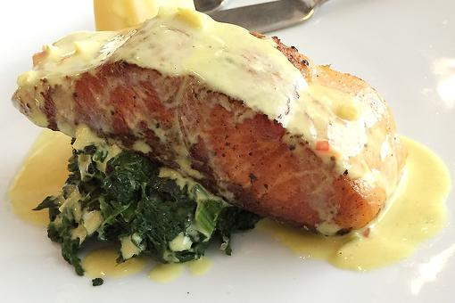 Salmon With Garlic Cream Sauce Recipe: This Easy Salmon Recipe Has a To-Die-For Garlic, Parmesan & Lemon Sauce