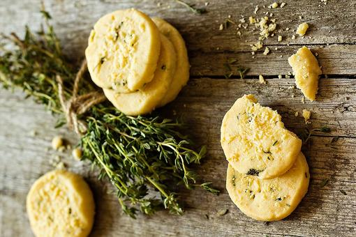 Savory Shortbread Cookies Recipe: Brown Butter & Thyme Shortbread Want to Be on Your Charcuterie Board