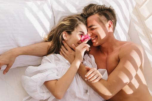 How to Improve Your Sex Life: Sex Resolutions to Make This Year (Whether You're in a Relationship or Not!)