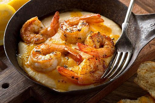 Shrimp & Grits Recipe: This Cajun Shrimp With Cheesy Grits Recipe Is Ready in Less Than 30 Minutes