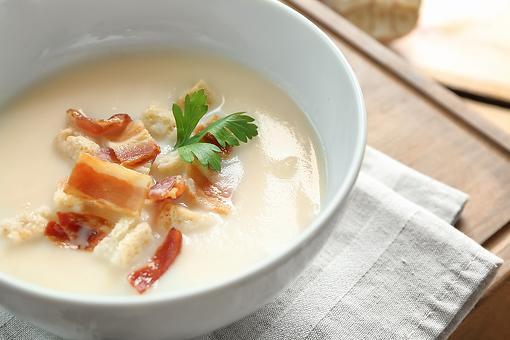 Spicy Creamed Potato Leek Soup Recipe With Crispy Bacon Is Easy & Crazy Delicious