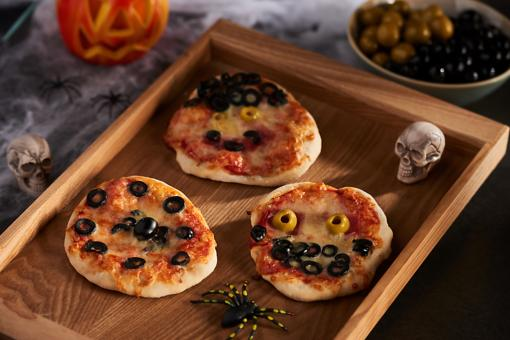 Spooky Olive Pizzas Add the Taste of the Mediterranean to Halloween