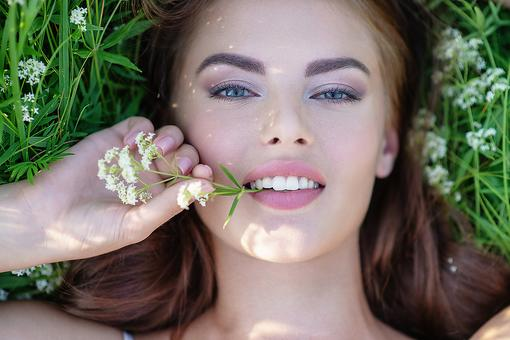 Spring Beauty Tips: 4 Ways to Spring Clean Your Skin-Care Routine