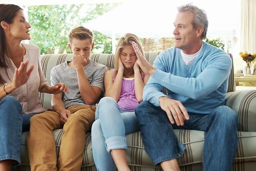 Parents, Stop Playing Good Cop/Bad Cop: Here are 6 Ways to Parent As a Team!