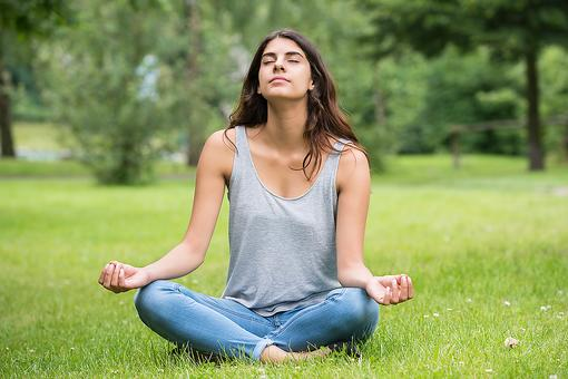 Stressed? Try This Simple Meditation Technique to Feel Better!