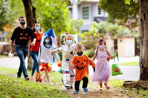 Strive for a Zero-Waste Halloween: 3 Simple Eco-friendly Tips for a More Sustainable Halloween