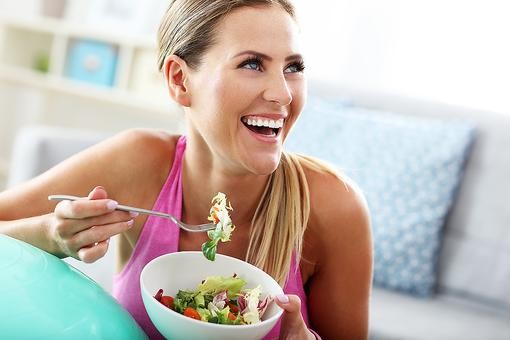 Healthy Eating Habits: Why You Shouldn't Deny Yourself the Pleasure of Eating