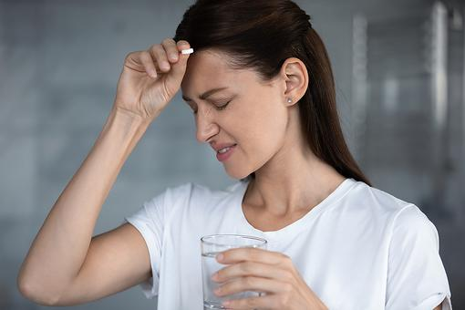 Suffer From Frequent Headaches? Why You May Need to Rethink Popping Painkillers