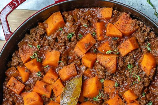 Clean-Eating Recipes: This Sweet Potato Goulash Will Make You Find Your Soup Pot STAT