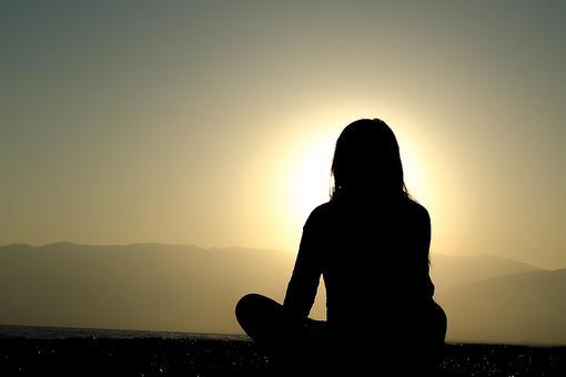 Take a Pause: Dr. Shefali Explains Why Entering Stillness Is Revolutionary!