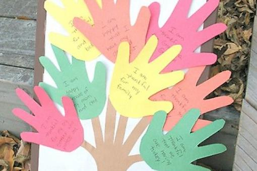 Teaching Thankfulness: Fun Gratitude Activities for Kids to Make!