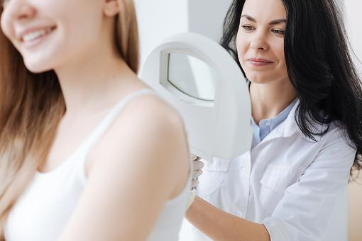 The ABCDEs of Melanoma: How to Know When to Worry About Skin Cancer