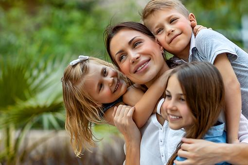 The ABCs of Being Mom: Advice & Support From the Mom Next Door