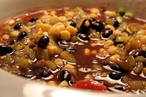 The Best Vegan Chili Recipe: This Vegetarian Bean Chili Recipe Will Be Enjoyed By All