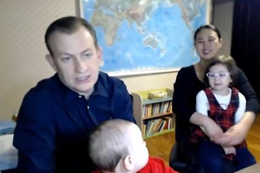 The Dad Who Was Photobombed During His Live BBC Interview Speaks Out (With Kids & Wife in Tow)
