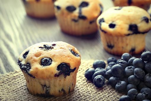 This Is the Easiest Blueberry Muffin Recipe You'll Ever Find That Doesn't Come in a Box (So Delish)