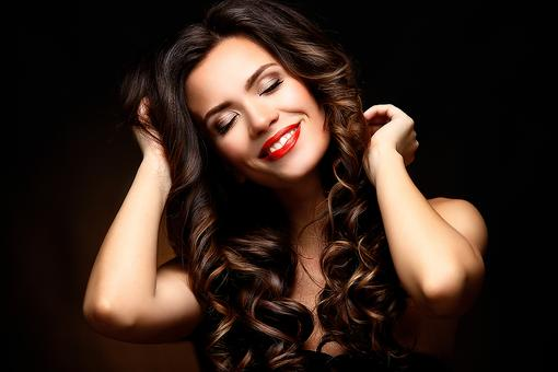 Got the Frizzies? Here's the Secret to Eliminating Frizzy, Flyaway Hair!