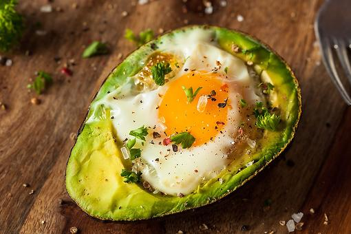 "This Baked Eggs in Avocado Recipe With Fresh Herbs Puts the ""Ahhh"" in Avocado"