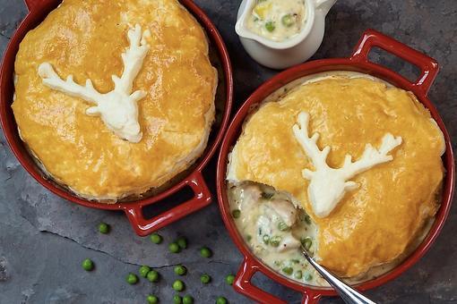 British-Inspired Chicken Pot Pie Recipe: A Creamy Pot Pie Recipe for the Fall Season
