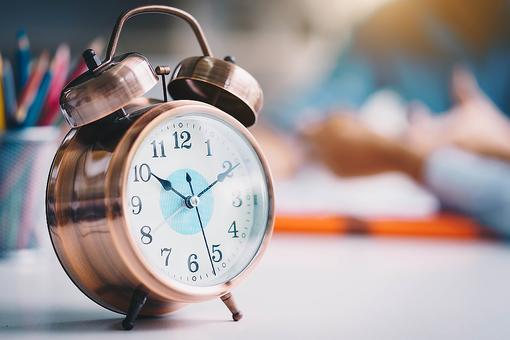 Time Management Tips for Busy People: 3 Simple Ways to Manage Your Time & Reach Goals