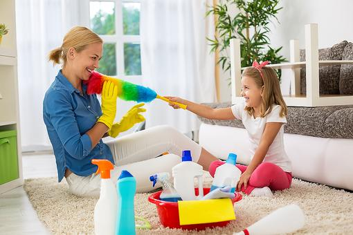 Time to Clean Your House ... Again? 4 Easy Cleaning Tips for Busy Moms!