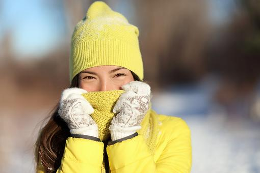 Coughs & Sore Throats: 5 Tips to Help Soothe Cold Weather Health Issues!