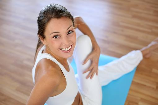 Tired But Need to Exercise? 7 Easy Steps to Integrate Yoga Moves for Fitness & Relaxation!