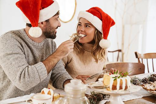 'Tis Not the Season to Stress Eat: 4 Simple Ways to Curb Overeating During the Holidays