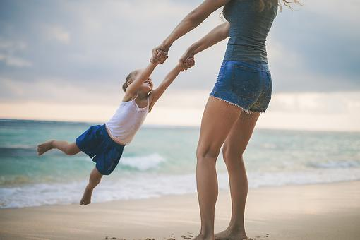 Travel Tips for Single Parents: 6 Ways to Budget For Vacation When You're a Divorced Parent