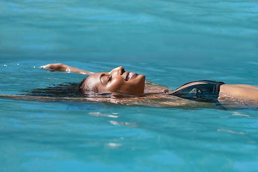 Floating Into Mindfulness: How to Turbocharge Your Meditation Like Pro Athletes & Celebrities
