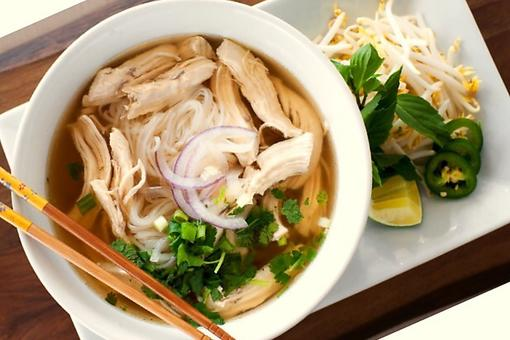 Leftover Turkey Ideas: Turkey Pho Gà Is a Fun Twist on Vietnamese Chicken Noodle Soup!