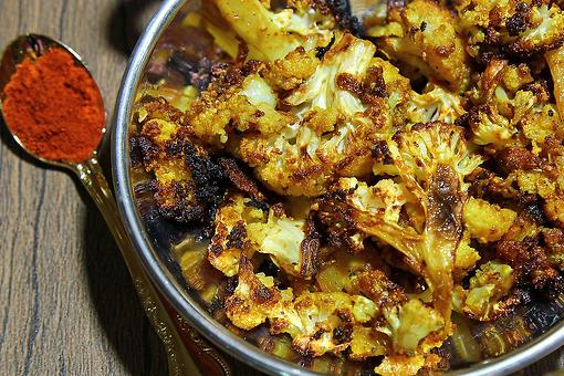 Turmeric Roasted Cauliflower Recipe: This Easy Turmeric Cauliflower Recipe Is Why You Need More Turmeric in Your Life