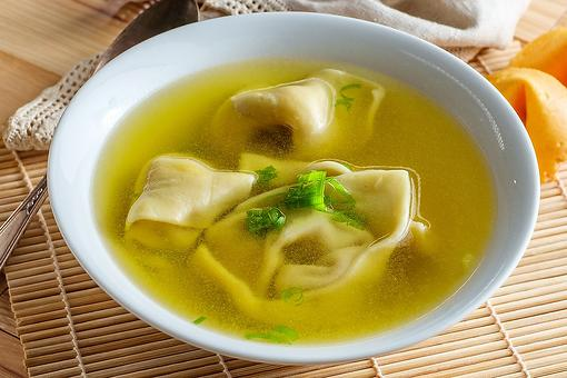 Unbelievably Easy Wonton Soup Recipe: This Flavorful Wonton Soup Recipe Is Ready in 10 Minutes