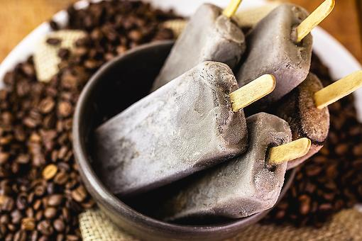 Vietnamese Coffee Ice Pops Recipe: Wake Up & Cool Down With These Caffeinated Coffee Ice Pops This Summer