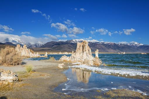 Mono Lake: Visit California's Eastern Sierra & See the Tufa Towers
