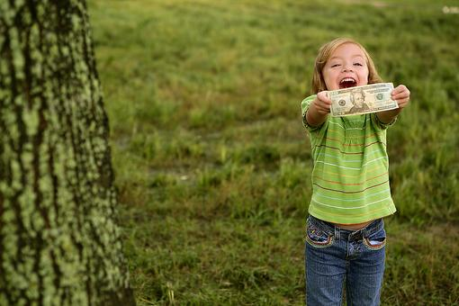 Want Your Kids to Learn About Money? Here's What They Need!