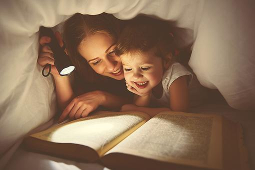 Want Your Kids to Read More This Winter Break? 7 Ways to Make It Fun!