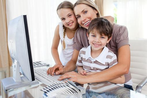 Want to Work From Home? How to Decide Which Work-at-Home Career Is Right for You!
